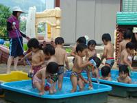 柳井幼稚園の一日 水遊び